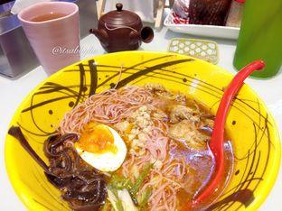 Foto 1 - Makanan di Universal Noodle Ichiro Ramen Market oleh abigail lin
