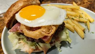 Foto 3 - Makanan(The Grob Burger) di Grob Kaffee oleh Komentator Isenk