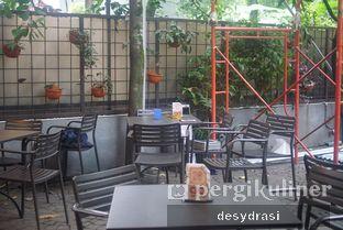Foto 4 - Eksterior di Cozy Cube Coffee oleh Desy Mustika