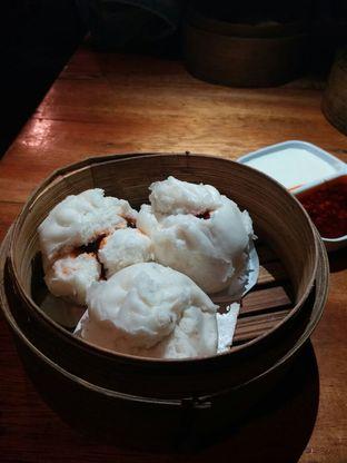 Foto 3 - Makanan(Bapao Ayam Casio) di Dimsum Choie oleh Fadhlur Rohman