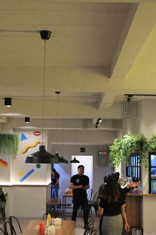 Foto 10 - Interior di Bakso Kemon oleh Prido ZH
