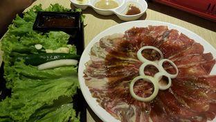 Foto 1 - Makanan(woo samgyup and chadolbaegi) di Chagiya Korean Suki & BBQ oleh zelda