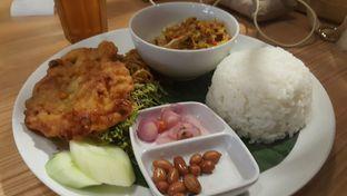 Foto 3 - Makanan di Bale Lombok oleh Vising Lie