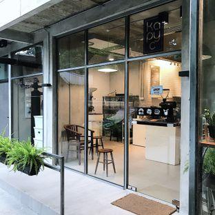 Foto 4 - Eksterior di Kapyc Coffee & Roastery oleh Della Ayu
