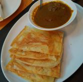 Foto Roti canai with chicken curry di Penang Bistro