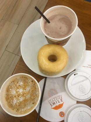 Foto 21 - Makanan di J.CO Donuts & Coffee oleh Prido ZH