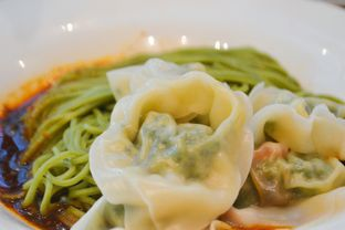 Foto 3 - Makanan di Din Tai Fung oleh IG: biteorbye (Nisa & Nadya)
