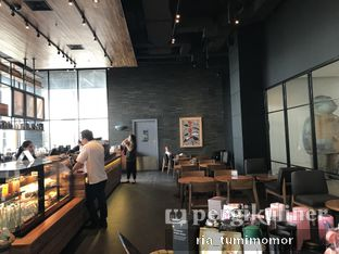 Foto 1 - Interior di Starbucks Coffee oleh riamrt