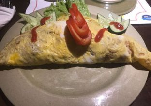 Foto 4 - Makanan(Omelet Fried Rice) di Poke Sushi oleh Metha Loviana