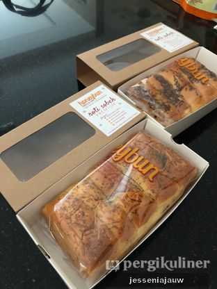 Foto 1 - Makanan di Honeybun Bakery & Cake oleh Jessenia Jauw