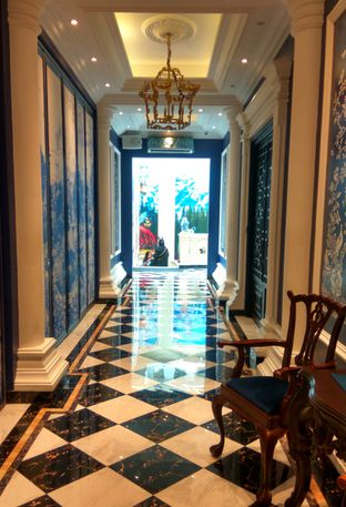 Foto 11 - Interior di Eastern Opulence oleh Renodaneswara @caesarinodswr