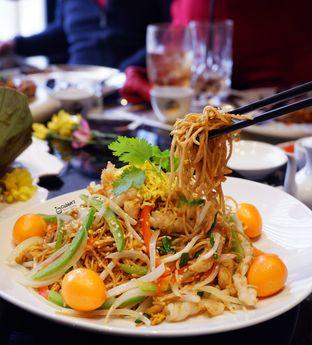 Foto 3 - Makanan(Bakmi Goreng Ulang Tahun) di Royal 8 Chinese Restaurant - Hotel JHL Solitaire oleh Melisa Cubbie