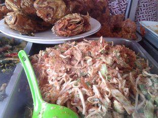 Foto 5 - Makanan di Sop Soto Betawi Sobariah oleh Ineke Fatmawati