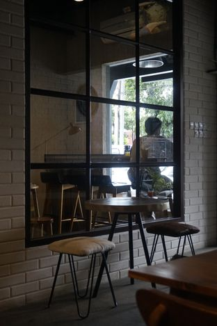 Foto 3 - Interior di Manhattan Coffee oleh yudistira ishak abrar
