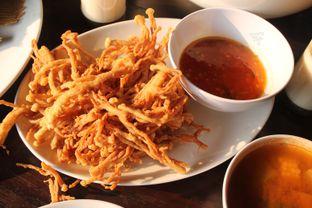 Foto 5 - Makanan(Jamur) di Talaga Sampireun oleh Yummyfoodsid
