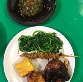 Foto di Ayam Goreng & Ayam Bakar Sie Jeletot