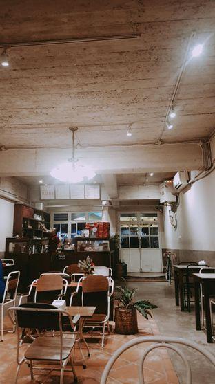 Foto 4 - Interior di Kedai Roti Kobi oleh Yuli || IG: @franzeskayuli