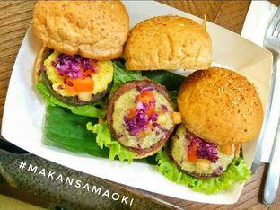 Foto 3 - Makanan di Burgreens Express oleh @makansamaoki