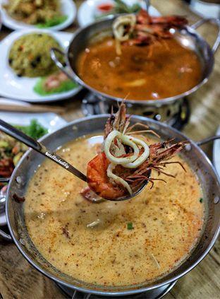 Foto 5 - Makanan(Tom Kha soup) di Bolan Thai Street Kitchen oleh Stellachubby