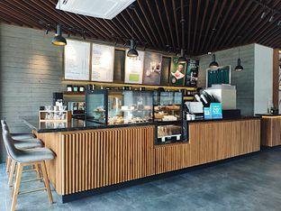 Foto 5 - Interior di Macroni Tei Coffee oleh inggie @makandll