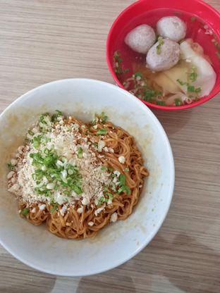 Foto review Bakmi Apin oleh Widya WeDe   My Youtube: widya wede 1