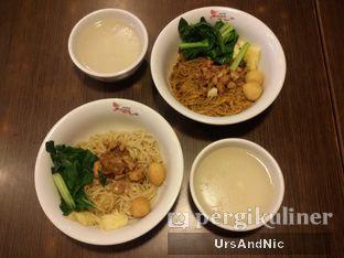 Foto 3 - Makanan di Bakmi Naga oleh UrsAndNic