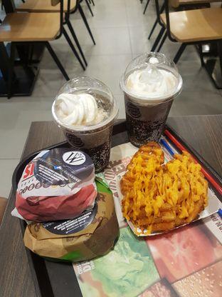 Foto 2 - Makanan di Burger King oleh Eat and Leisure