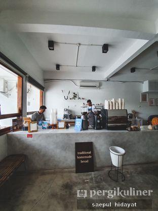 Foto 1 - Interior di Moro Coffee, Bread and Else oleh Saepul Hidayat