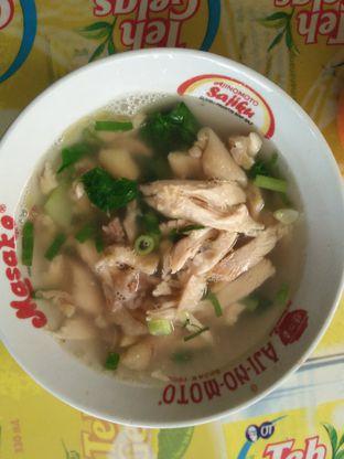 Foto 2 - Makanan di Mie Ayam Acing oleh Fiski