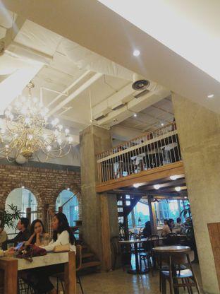 Foto 2 - Interior di Sajiva Coffee Company oleh Meyrani Putri