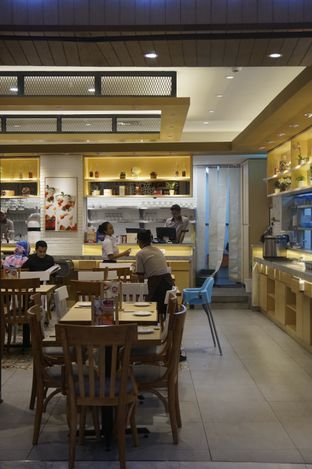 Foto 15 - Interior di Imperial Kitchen & Dimsum oleh yudistira ishak abrar