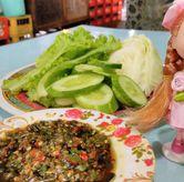 Foto Sambalnya Juara! di Ayam Goreng & Ayam Bakar Sie Jeletot