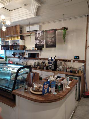 Foto 6 - Interior di Elmakko Coffee oleh Anne Yonathan