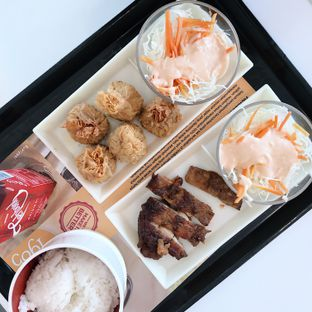 Foto 3 - Makanan di HokBen (Hoka Hoka Bento) oleh Della Ayu