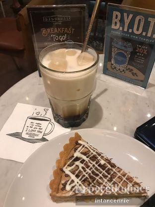 Foto 12 - Makanan di Djournal Coffee oleh bataLKurus