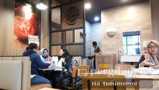 Foto 3 - Interior di Burger King oleh riamrt