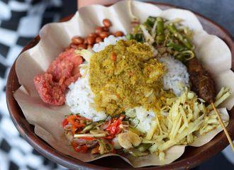 5 Street Food Khas Bali yang Bikin Kamu Selalu Kangen