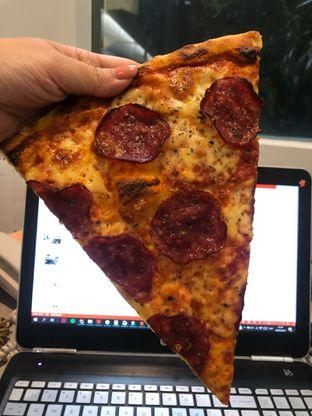 Foto - Makanan di Sliced Pizzeria oleh YSfoodspottings