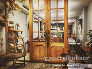 Foto 3 - Interior di Guten Morgen Coffee Lab & Shop oleh Sidarta Buntoro