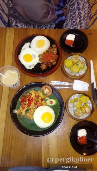 Foto - Makanan(menu yang kami pesan) di Warung Kopi Limarasa oleh Asasiani Senny