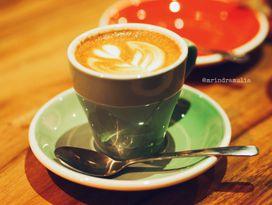 foto Six Ounces Coffee