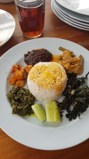 Foto - Makanan di Padang Merdeka oleh IG: FOODIOZ