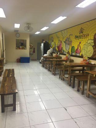 Foto 6 - Interior di Bakso Desa oleh Nanakoot