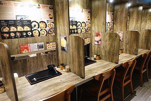 Foto 14 - Interior di Kokku Ramen oleh iminggie