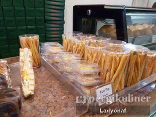 Foto 7 - Makanan di Dandy Bakery oleh Ladyonaf @placetogoandeat