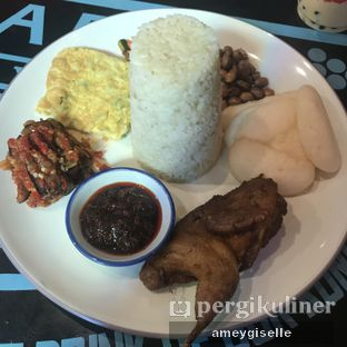 Foto 1 - Makanan di Fook Yew oleh Hungry Mommy