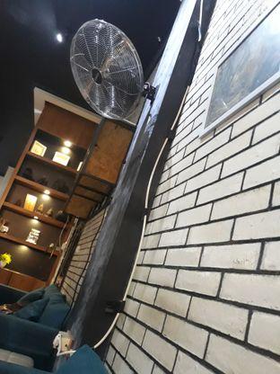 Foto 5 - Interior di Typica Coffee & Zain's Kitchen oleh Mouthgasm.jkt