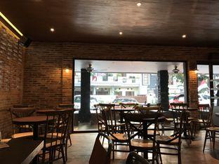 Foto 4 - Interior di Nitro Coffee oleh Annisa Putri Nur Bahri