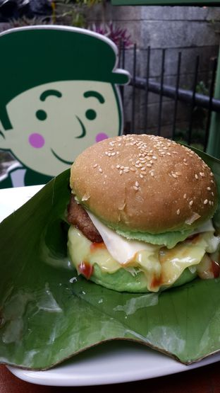 Foto review Maio Green Burger oleh NOTIFOODCATION Notice, Food, & Location 10