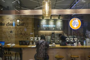 Foto 8 - Interior di J.CO Donuts & Coffee oleh yudistira ishak abrar